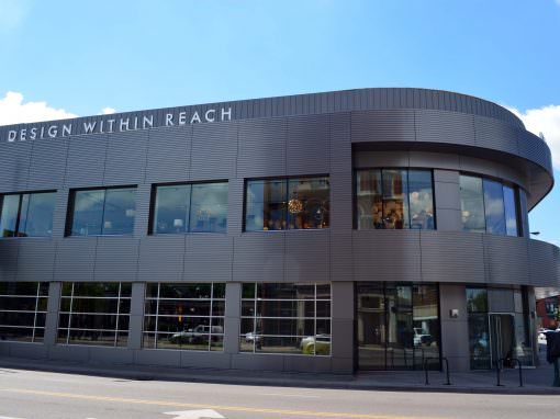 Lincoln Park Retail Center